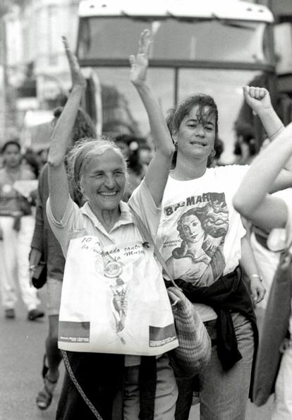 claudia-ferreira-fotografia-feminista-brasil
