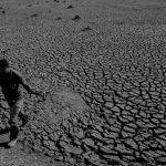 Locos por el agua: noticias de allá y alertas de acá