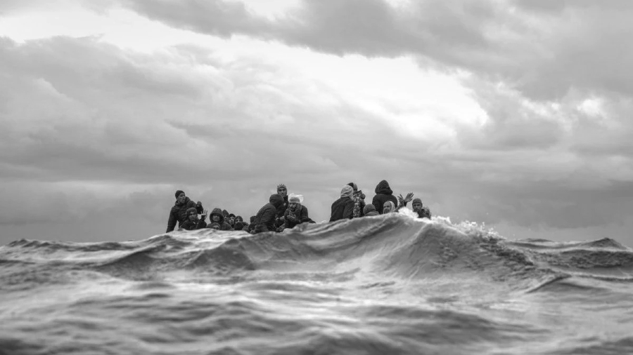 Mar Mediterraneo migrantes africanos la-tinta