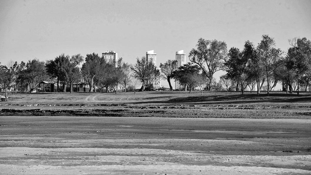 bajante-rio-paraná-litoral-agua-sequía-crisis-climática-2