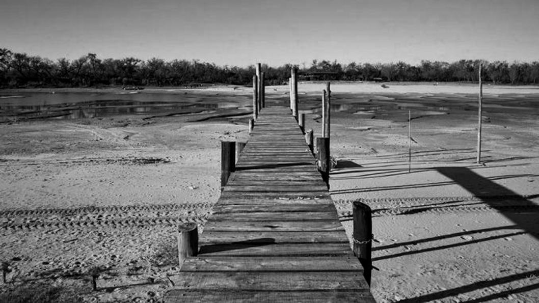 bajante-rio-paraná-litoral-agua-sequía-crisis-climática