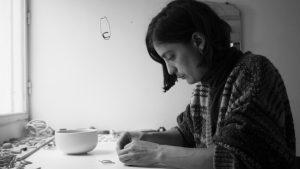 Sol Carranza Sieber: fusionar joyería, cerámica y ecología