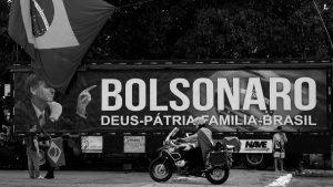 Bolsonaro posterga el contragolpe y acelera su desgaste