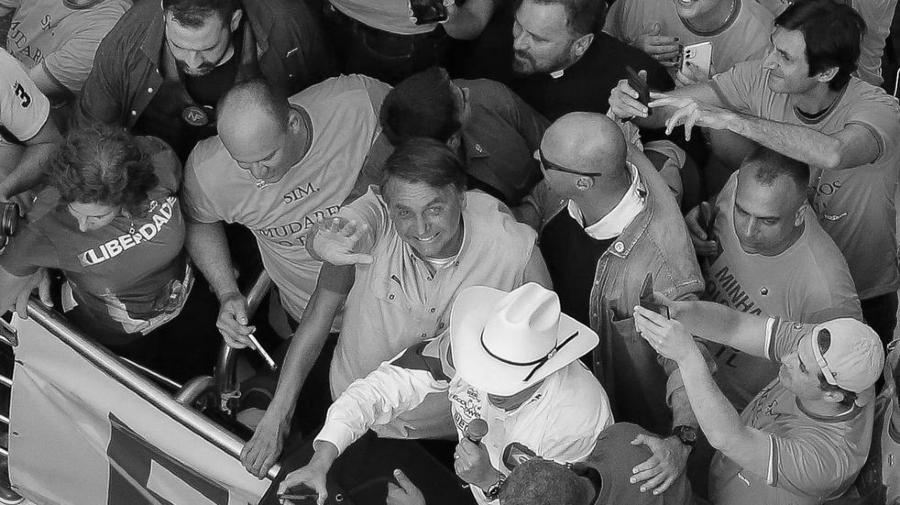 Brasil Jair Bolsonario acto con seguidores la-tinta