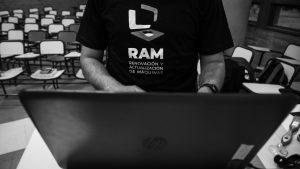 Ya funciona el programa RAM, de renovación de computadoras a docentes de la UNC