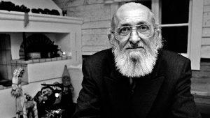 Paulo Freire está siendo