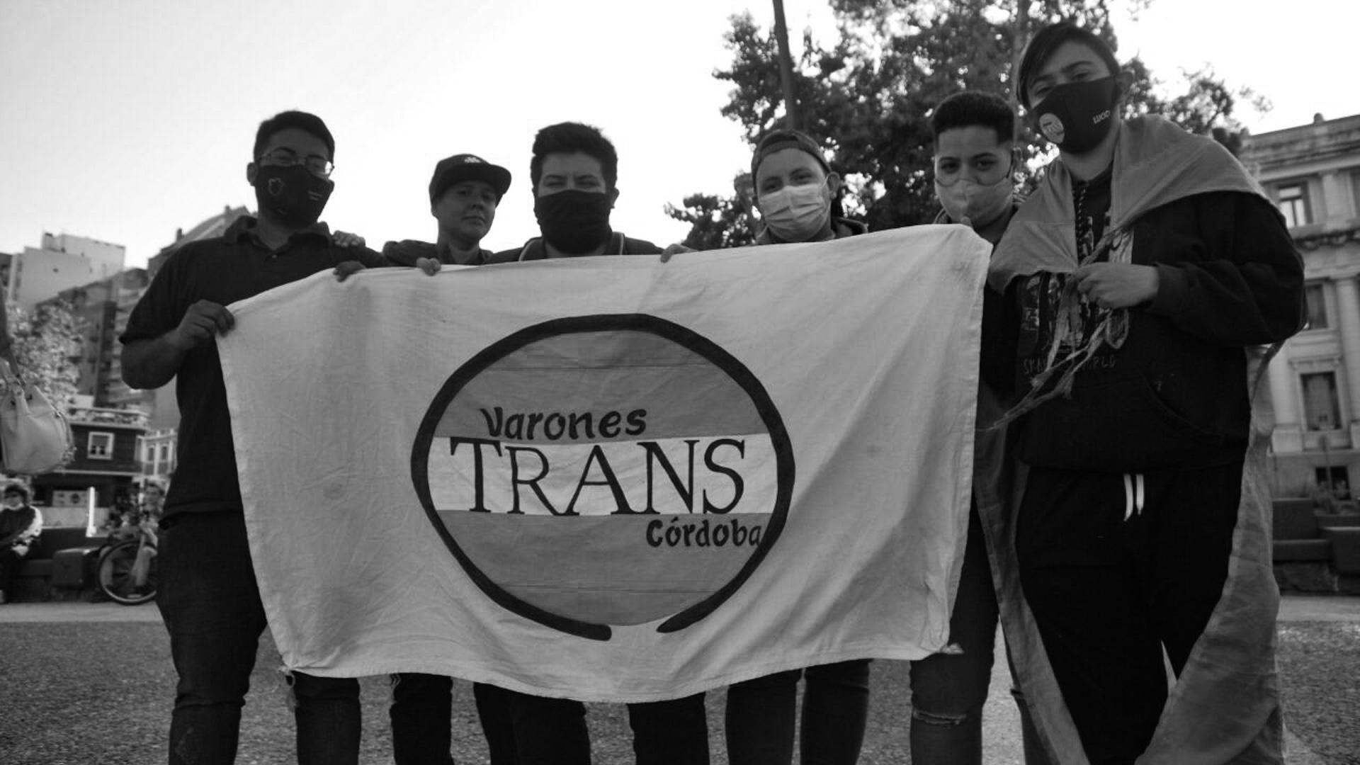Banderazo-memoria-trans-córdoba-5